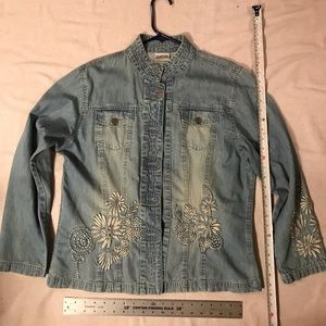 Jacket Denim, Chico's, Great Embroidered Detail